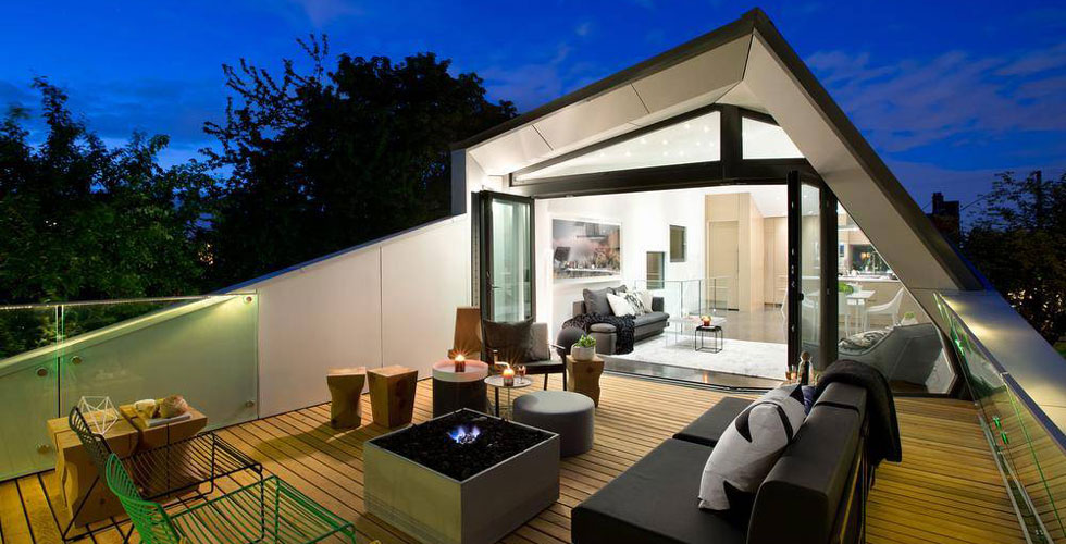 Architect designed open concept home  		in Vancouver