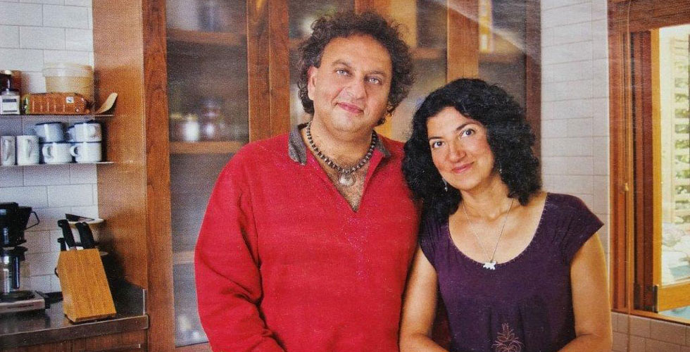 Click here for the TV Week magazine article featuring Celebrity Chefs Vikram Vij and Meera Dhalwala in their modern kitchen by Fusion Woodwork...